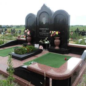 Памятник м108
