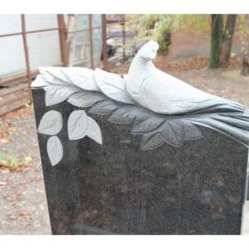 Памятник б112