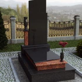Памятник е101